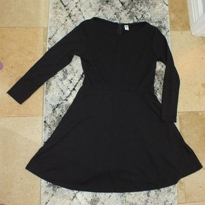 Old Navy Long Sleeved Black Dress Size S